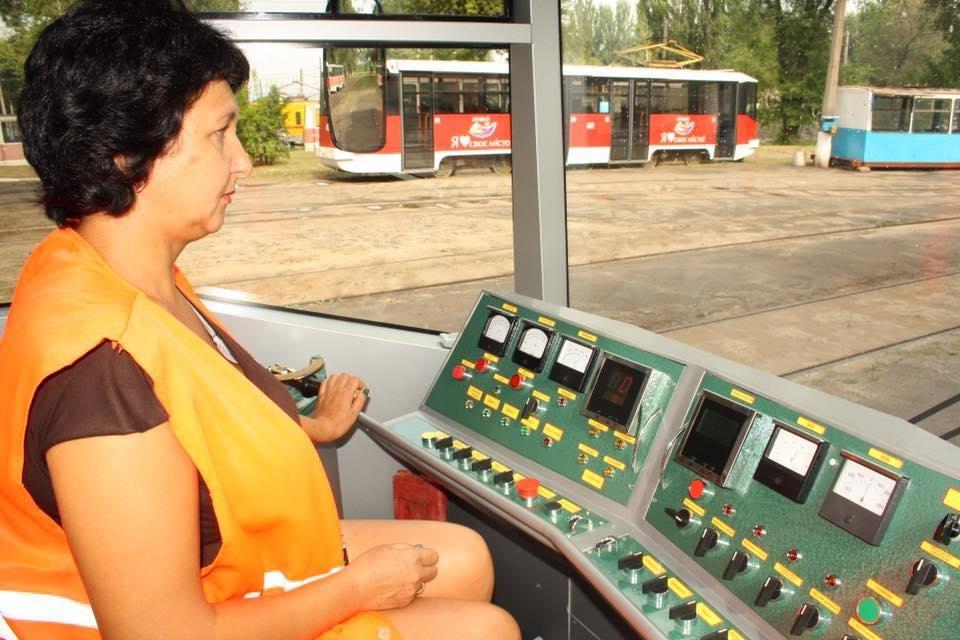 """""""Слепили пулю"""": руками криворожан был реконструирован вагон трамвая  (ФОТО), фото-7"""