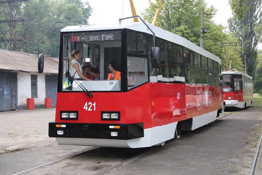 """""""Слепили пулю"""": руками криворожан был реконструирован вагон трамвая  (ФОТО), фото-5"""