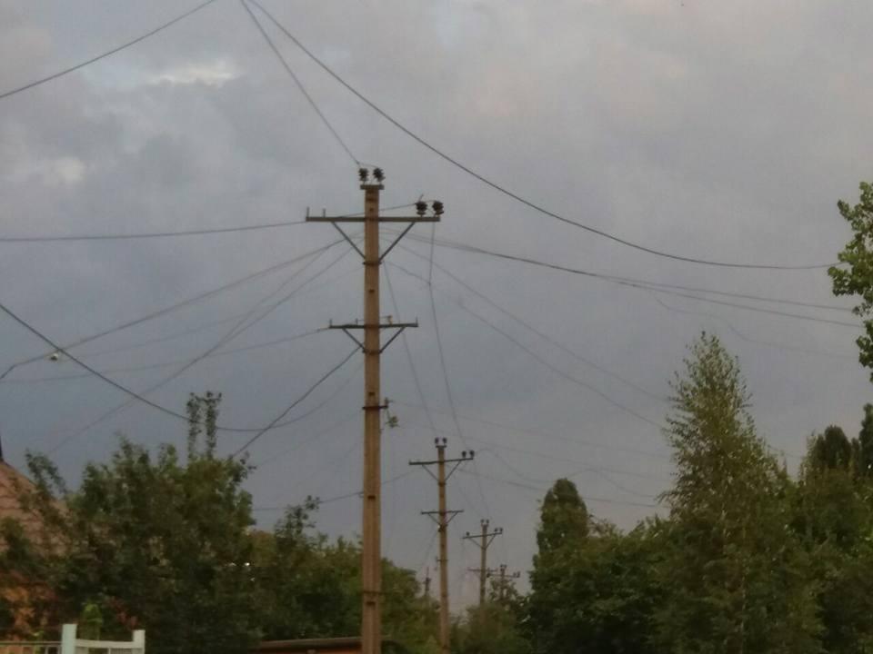 Оборванные электропровода, сорванный с крыш шифер: по Кривбассу пронесся смерч (ФОТО, ВИДЕО), фото-11