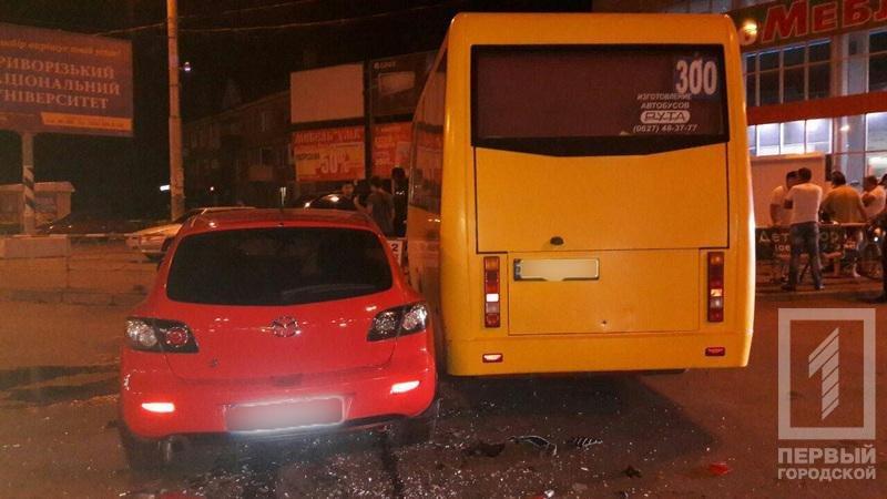 "Четверо криворожан пострадали в результате столкновения ""Mazda"" с маршруткой  (ФОТО), фото-4"