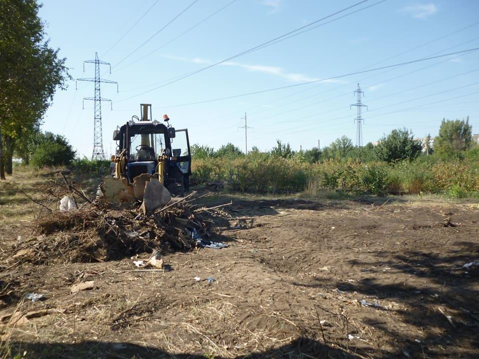 Криворожане создали на месте санитарно-защитной зоны мусорную свалку (ФОТО), фото-3