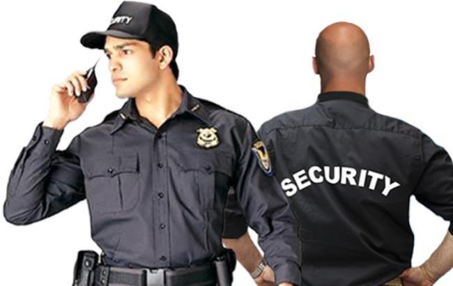 """В Кривом Роге: ищут здоровых охранников, вокруг """"кварталовцев"""" разразился скандал, эксперт рассказал о работе 302 маршрута , фото-3"""