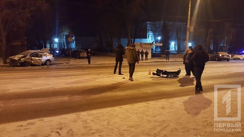 Из-за снега в Кривом Роге столкнулись две иномарки. Есть пострадавшие (ФОТО), фото-1