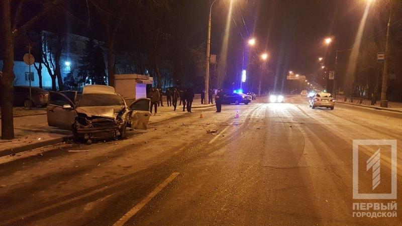 Из-за снега в Кривом Роге столкнулись две иномарки. Есть пострадавшие (ФОТО), фото-2