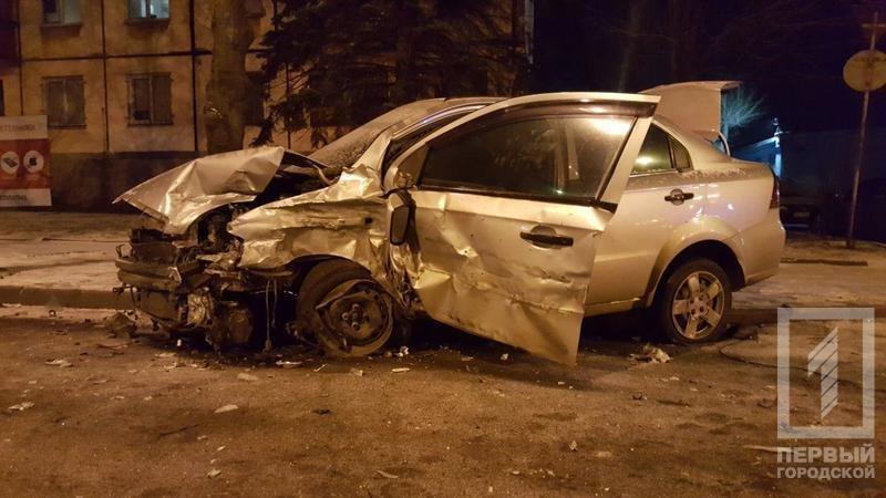 Из-за снега в Кривом Роге столкнулись две иномарки. Есть пострадавшие (ФОТО), фото-3