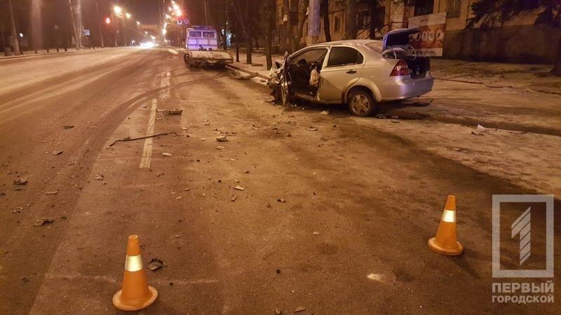Из-за снега в Кривом Роге столкнулись две иномарки. Есть пострадавшие (ФОТО), фото-4