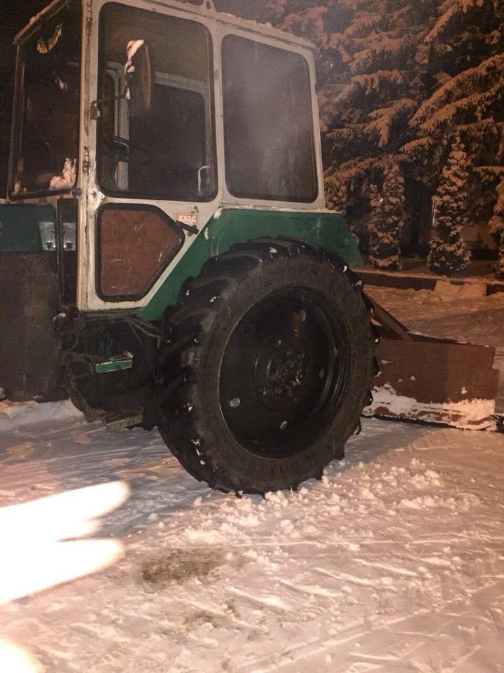 """За день в Кривом Роге использовали 338 тонн противогололедной смеси и ночью будут убирать """"кашу"""" с дорог (ФОТО), фото-16"""