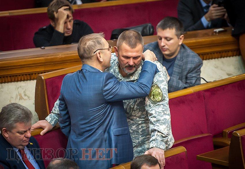 Обнять - не значит полюбить: Как обнимаются криворожские и не только политики (ФОТО), фото-8