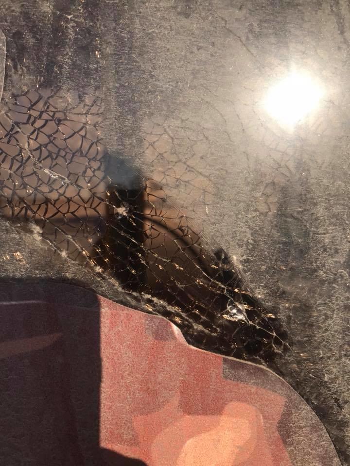 В Кривом Роге неизвестные обстреляли автобус (ФОТО), фото-3