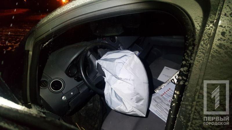 """""""Лоб в лоб"""": в результате тройного ДТП в Кривом Роге пострадали 6 человек (ФОТО), фото-2"""
