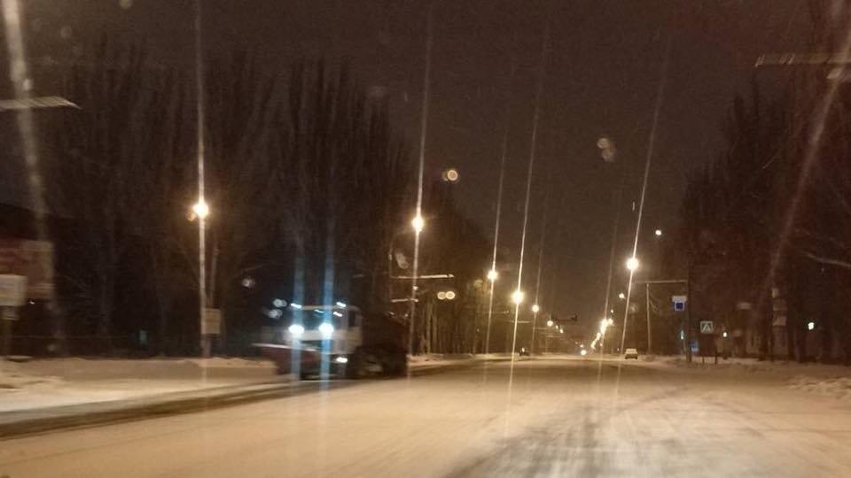 Ночью на расчистку криворожских дорог от снега вывели 25 единиц спецтехники (ФОТО), фото-4