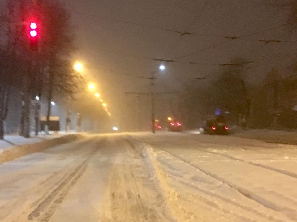 Ночью криворожские дороги расчищала тяжелая техника (ФОТО), фото-13
