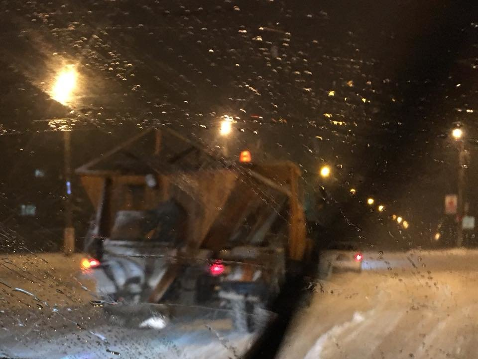Ночью криворожские дороги расчищала тяжелая техника (ФОТО), фото-3