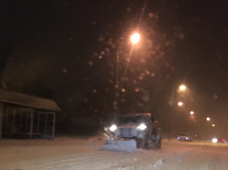 Ночью криворожские дороги расчищала тяжелая техника (ФОТО), фото-10
