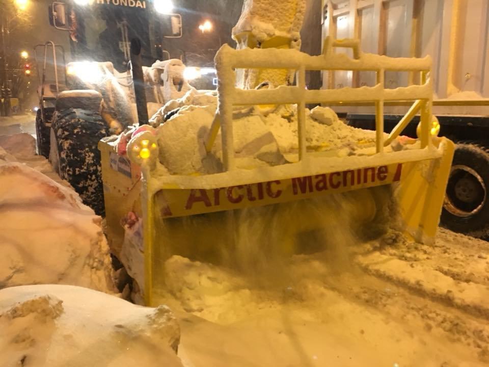 За сутки на криворожские дороги высыпали более 400 тонн противогололедной смеси  (ФОТО), фото-5