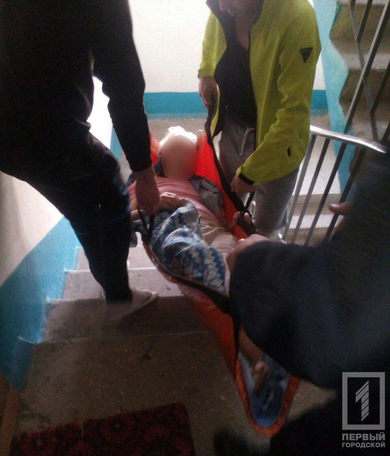 Сломав ногу, беспомощная криворожанка оказалась в заточении в собственной квартире (ФОТО), фото-1