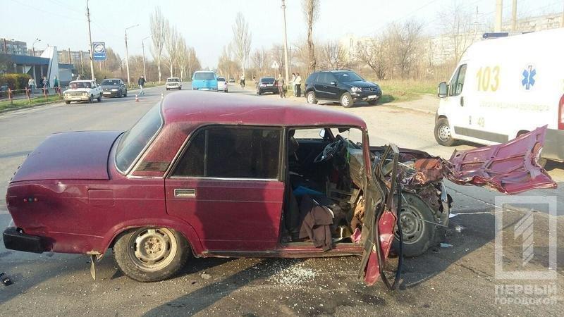 Смертельное ДТП в Кривом Роге: В результате столкновения двух легковушек, погиб водитель, пассажир в тяжелом состоянии, фото-5