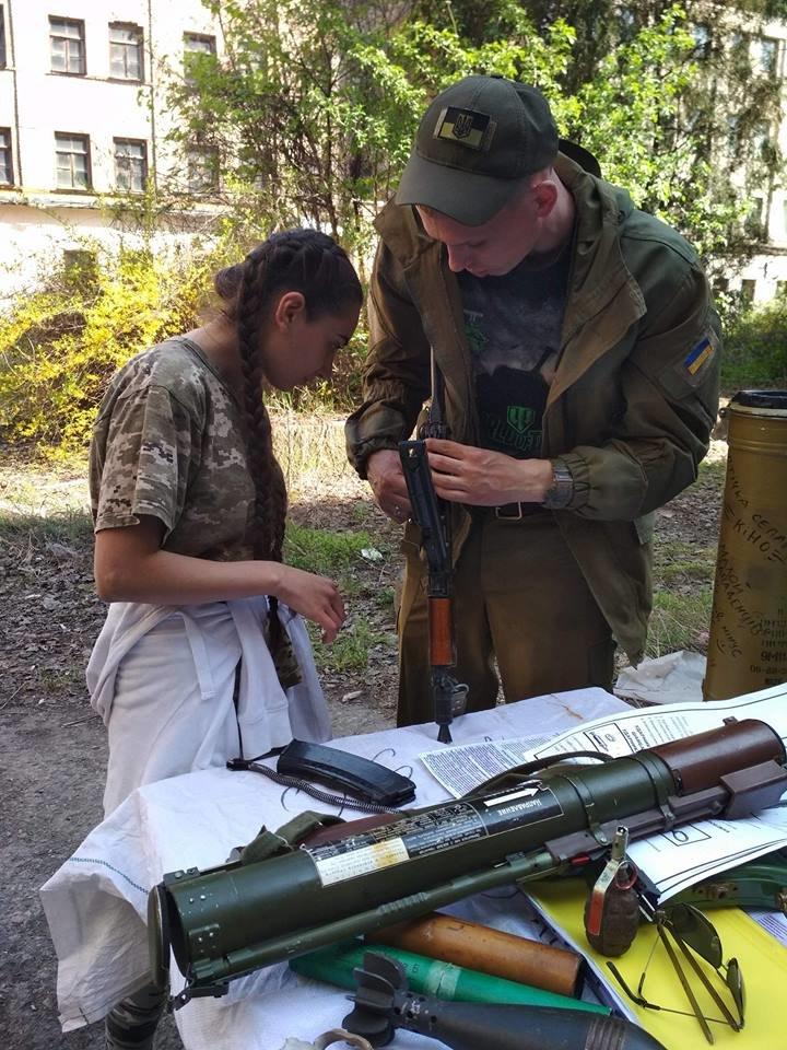 Бойцы АТО обучили криворожанок самообороне и оказывать медицинскую помощь в экстренных ситуациях  (ФОТО), фото-19