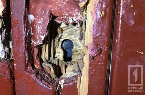 В Кривом Роге пенсионерка несколько дней просила о помощи, находясь в закрытой квартире (ФОТО), фото-1