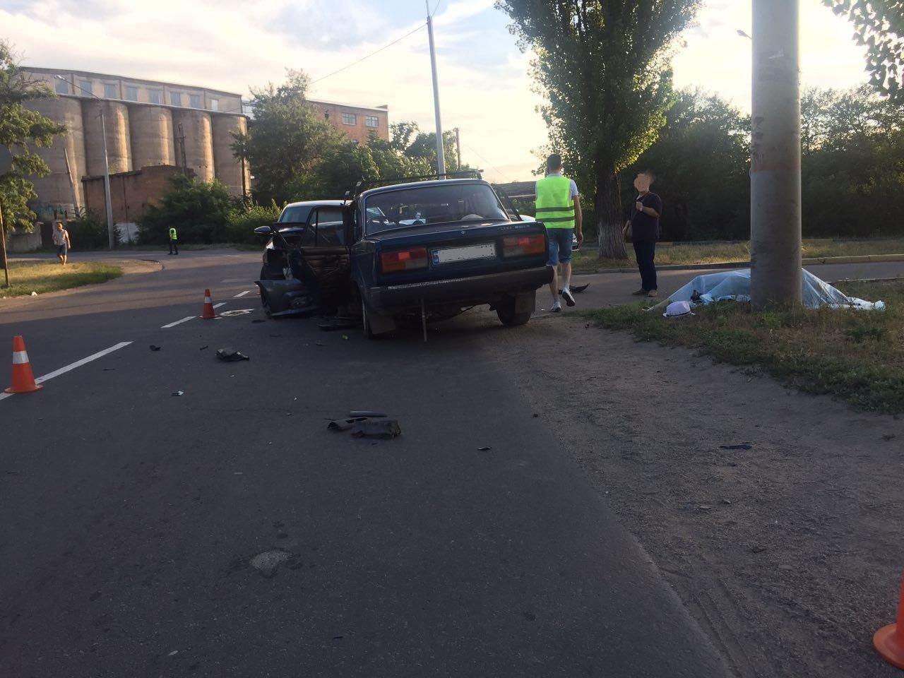 ДТП в Кривом Роге: один человек погиб на месте, трое в больнице, - ФОТО, фото-3