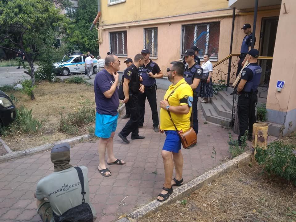 В Кривом Роге депутат от Опоблока оказался в муке и зеленке, - ФОТО, фото-5