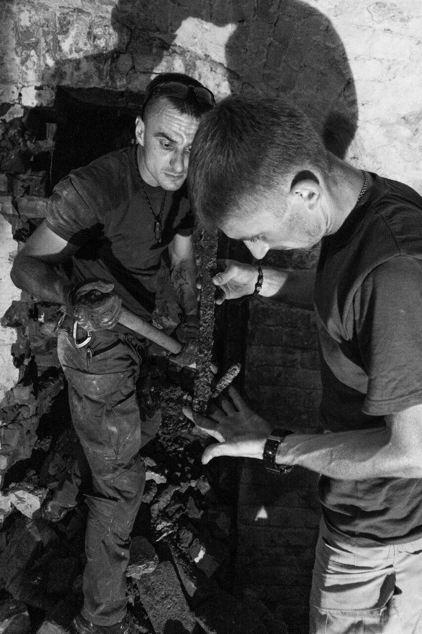 Криворожские исследователи-экстремалы помогают искать старинные купеческие катакомбы в Никополе, - ФОТО, фото-1
