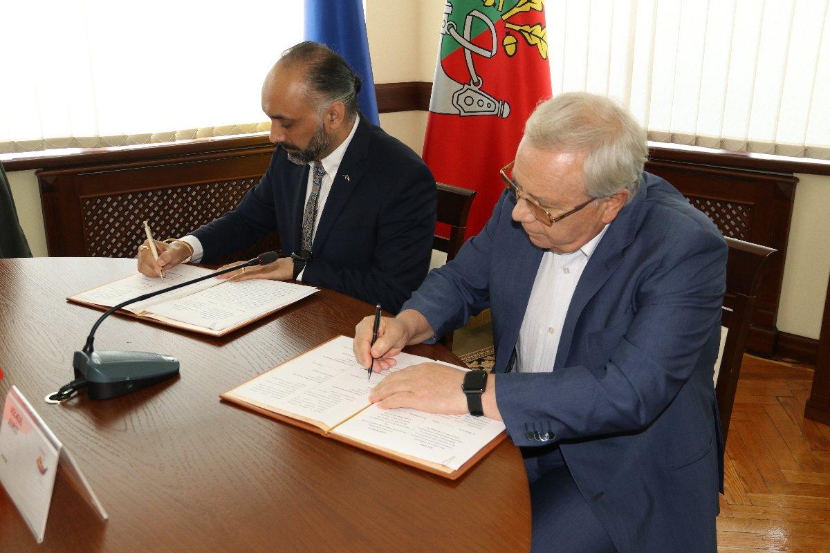 В Кривом Роге мэр подписал договор о соцпартнерстве с промышленным гигантом на 21,5 миллион, - ФОТО, фото-4