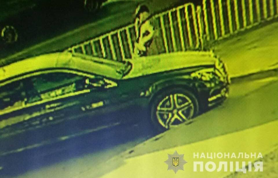 На Днепропетровщине разыскивают двух угонщиков элитных авто, - ФОТО, ВИДЕО, фото-2