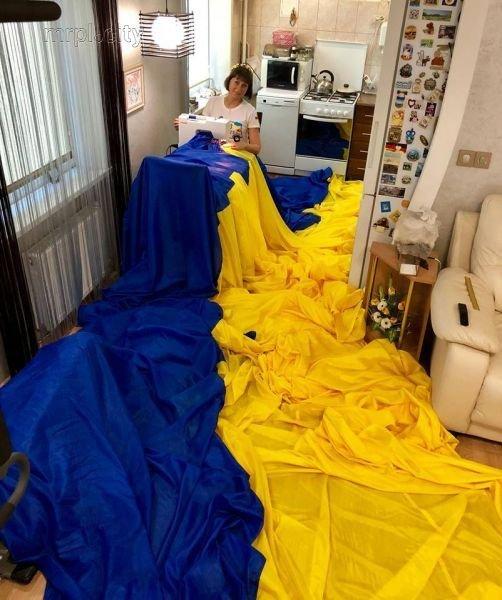 День Государственного Флага Украины: украинцы шьют, ткут и устанавливают флаги-рекордсмены, - ФОТО, фото-2