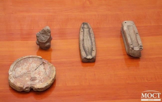 Под Кривом Рогом археологи откопали уникальную каменную бабу, - ФОТО , фото-3