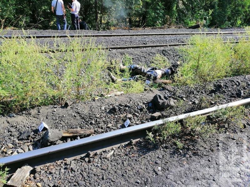 В Кривом Роге мужчине отсекло голову на железнодорожном переезде, - ФОТО 18+, фото-3