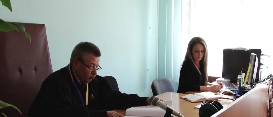 В Кривом Роге мать школьника, которого обвиняли в неоднократных нападениях на одноклассников, выиграла суд, - ФОТО, ВИДЕО, фото-1
