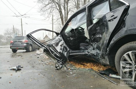 В Кривом Роге столкнулись Suzuki и Toyota: один водитель скрылся, двоих пострадавших госпитализировали, - ФОТО , фото-5