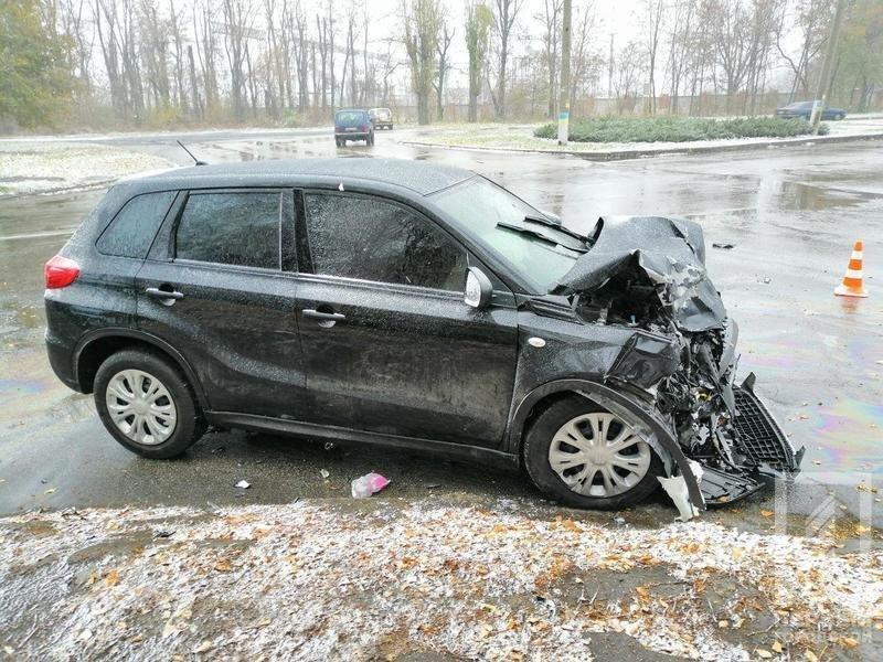 В Кривом Роге столкнулись Suzuki и Toyota: один водитель скрылся, двоих пострадавших госпитализировали, - ФОТО , фото-3