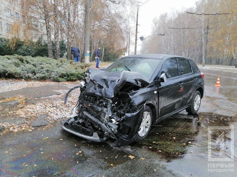 В Кривом Роге столкнулись Suzuki и Toyota: один водитель скрылся, двоих пострадавших госпитализировали, - ФОТО , фото-4