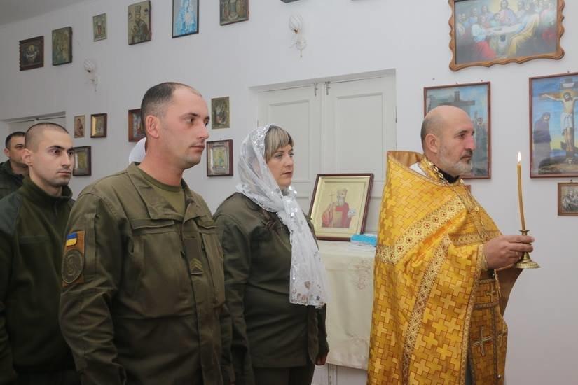 Криворожские нацгвардейцы обвенчались в зоне проведения ООС, - ФОТО , фото-6