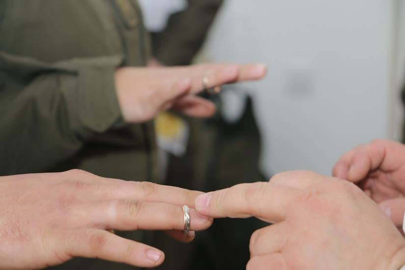 Криворожские нацгвардейцы обвенчались в зоне проведения ООС, - ФОТО , фото-14