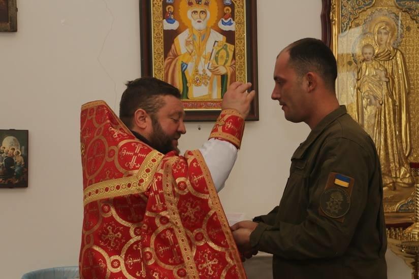Криворожские нацгвардейцы обвенчались в зоне проведения ООС, - ФОТО , фото-13