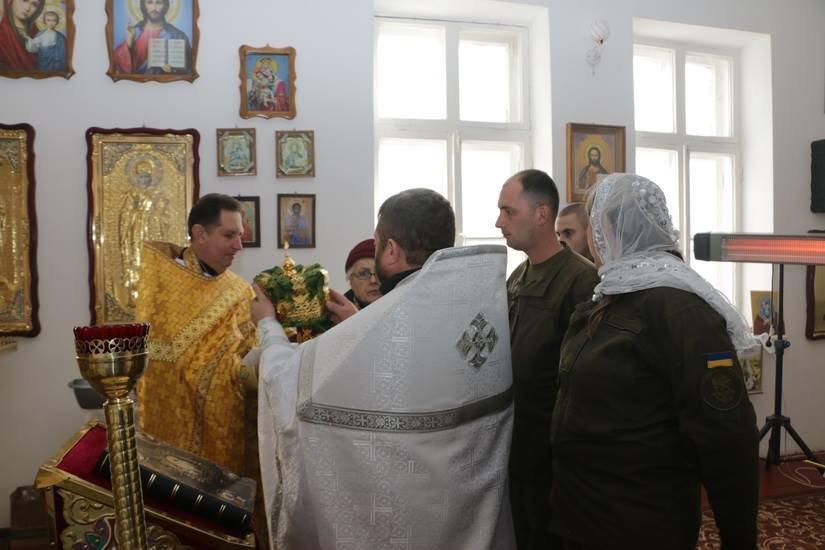 Криворожские нацгвардейцы обвенчались в зоне проведения ООС, - ФОТО , фото-3