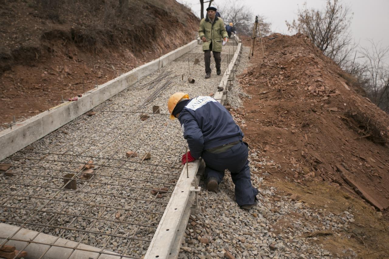 У нардепа Усова показали, как продвигается ремонт опасного спуска в Кривом Роге, фото-4