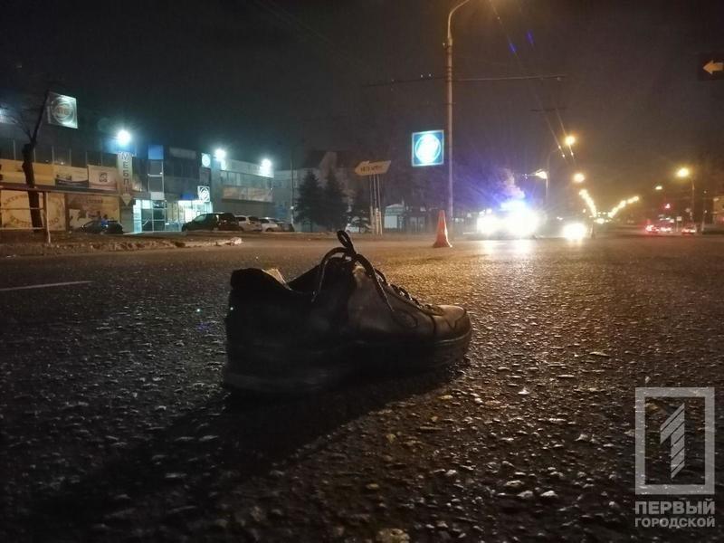 Смертельное ДТП в Кривом Роге: микроавтобус сбил мужчину, - ФОТО 18+, фото-6