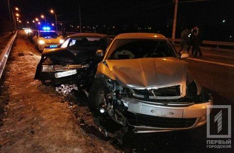 В Кривом Роге на дамбе произошло ДТП: пострадали 3 человека, - ФОТО , фото-2