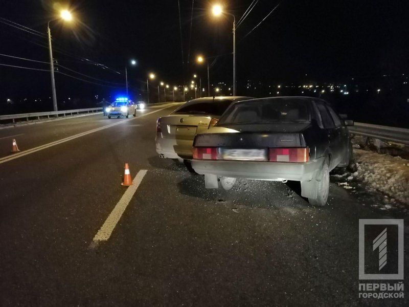 В Кривом Роге на дамбе произошло ДТП: пострадали 3 человека, - ФОТО , фото-3