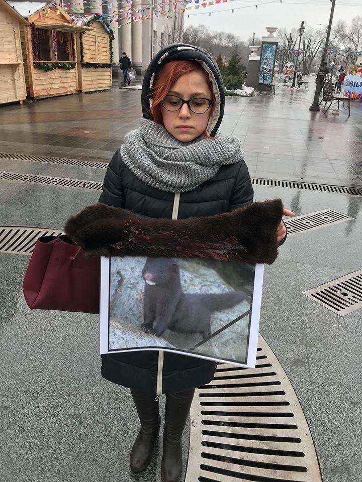 """""""Хватит платить за смерть"""": зоозащитники призвали криворожан отказаться от меховых и кожаных изделий, - ФОТО , фото-7"""