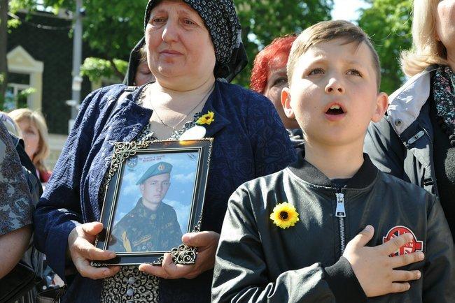 В столице состоялось ежегодное Шествие матерей погибших и пропавших без вести Героев, - ФОТО, ВИДЕО, фото-9