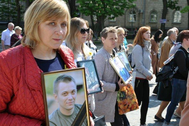 В столице состоялось ежегодное Шествие матерей погибших и пропавших без вести Героев, - ФОТО, ВИДЕО, фото-7