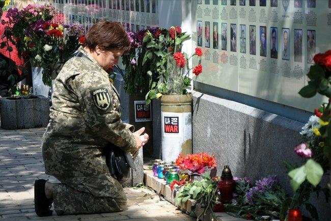 В столице состоялось ежегодное Шествие матерей погибших и пропавших без вести Героев, - ФОТО, ВИДЕО, фото-5