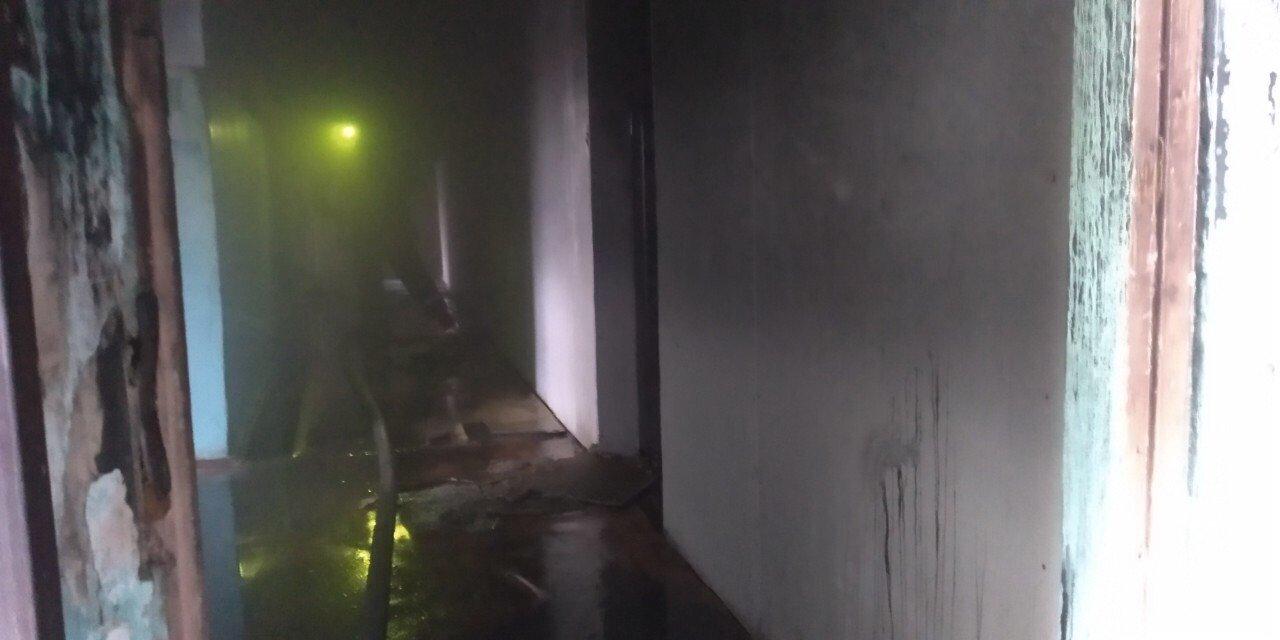 Во время пожара в центре Кривого Рога пострадал 1 человек, еще двоих удалось спасти, - ФОТО , фото-1