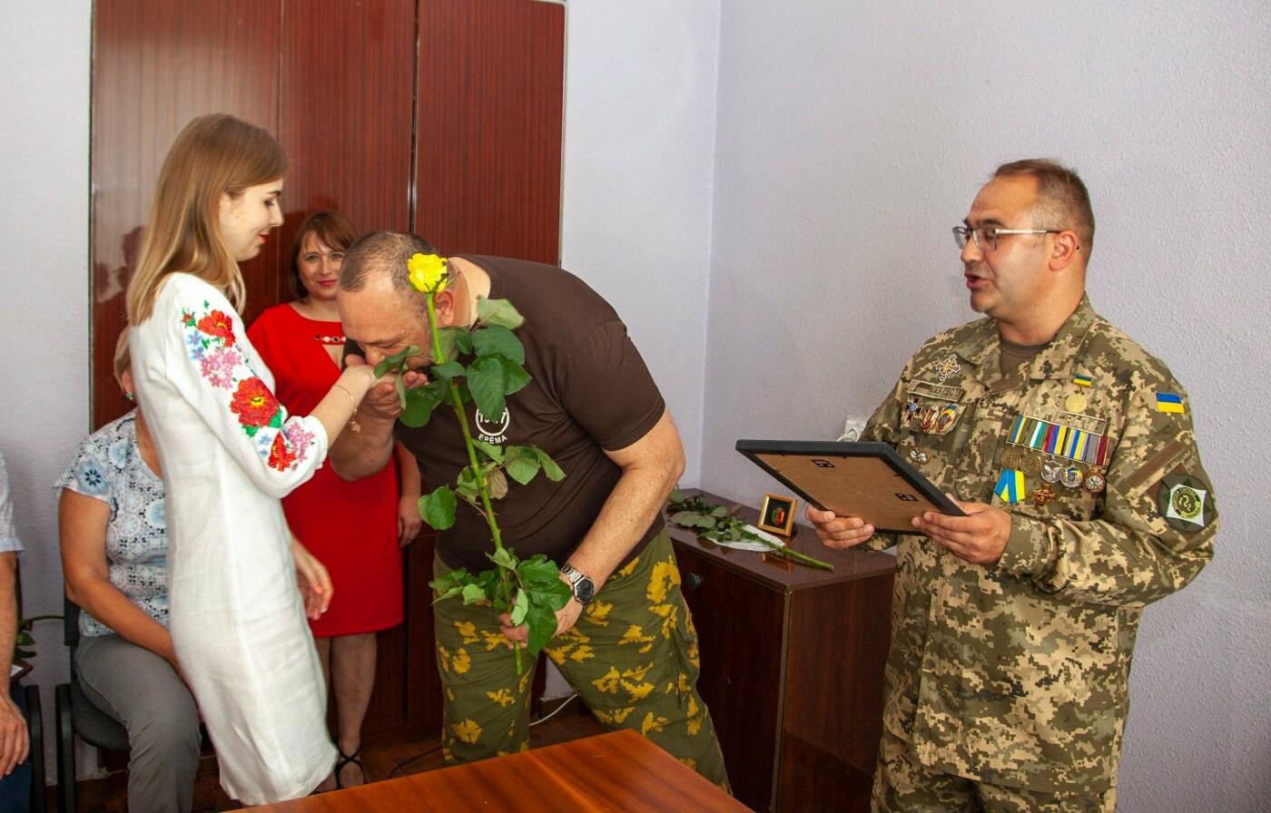 """Бойцы батальона """"Кривбасс"""" встретились с медиками накануне профессионального праздника, - ФОТО, ВИДЕО , фото-2"""