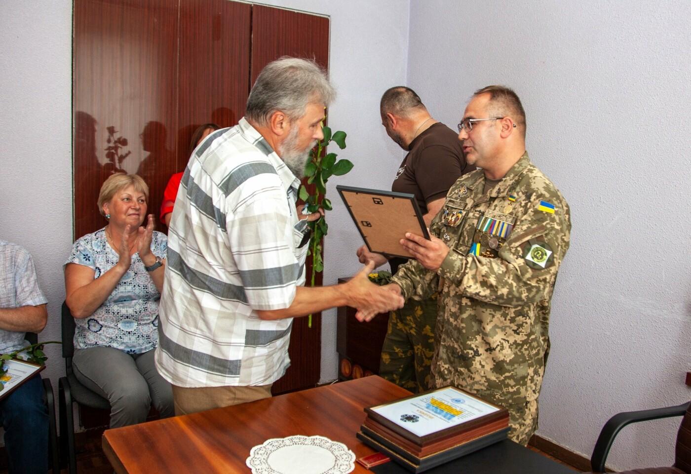"""Бойцы батальона """"Кривбасс"""" встретились с медиками накануне профессионального праздника, - ФОТО, ВИДЕО , фото-9"""